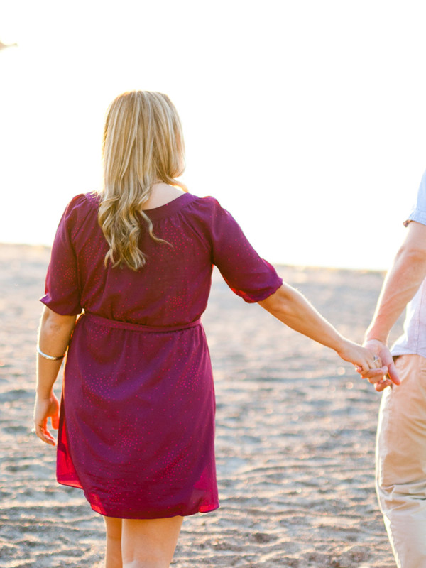 Katie & Travis's Brittania Beach Sunset Engagement Session